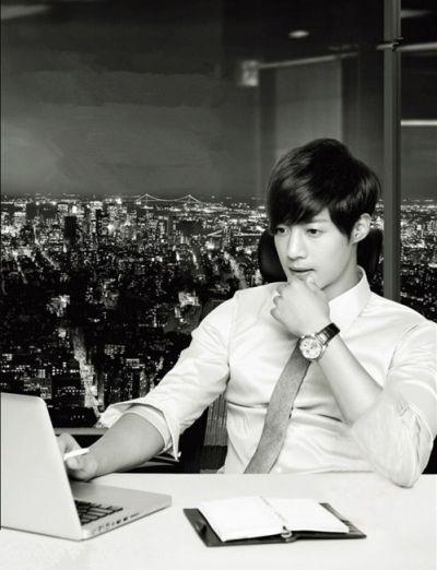Foto Kim Hyun Joong yang Keren dan Ganteng 15