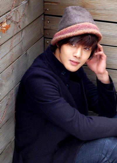Foto Kim Hyun Joong yang Keren dan Ganteng 22