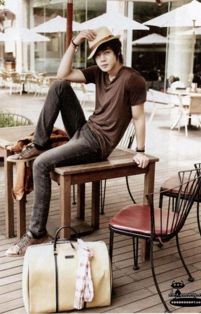 Foto Kim Hyun Joong yang Keren dan Ganteng 7