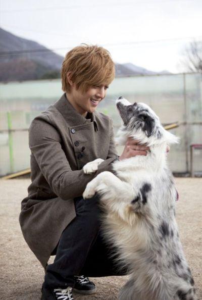 Foto Kim Hyun Joong yang Keren dan Ganteng 9