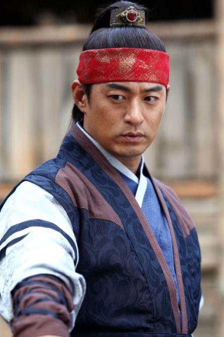 Joo Jin Mo17