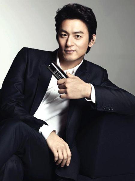 Joo Jin Mo4
