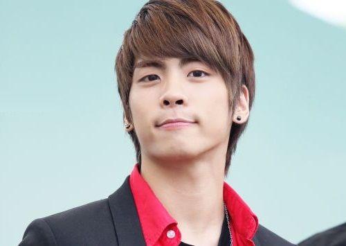 jonghyun-shinee