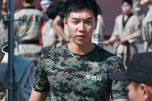 Lee Seung-gi2
