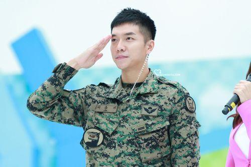 Lee Seung-gi5