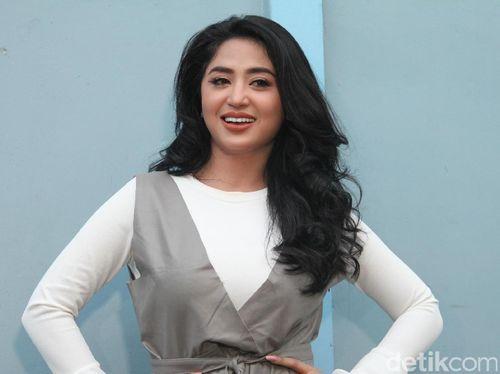 Foto Cantik Dewi Persik 2