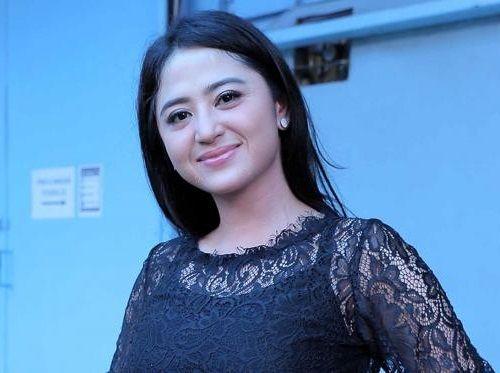 Foto Cantik Dewi Persik 7