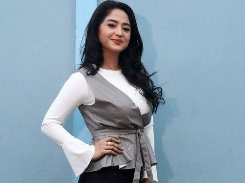 Foto Cantik Dewi Persik 8