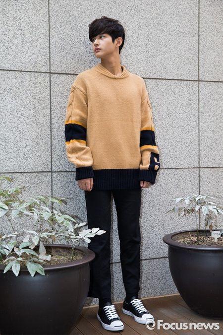 Foto Ganteng Imut Lee Seo-won 7