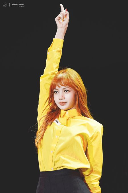 50 galeri foto lisa manoban blackpink yg entertainment