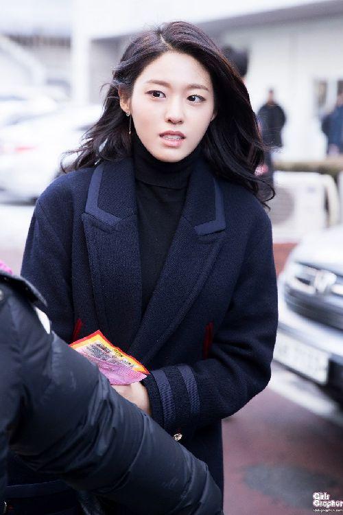 Foto Terbaru Seolhyun AOA5