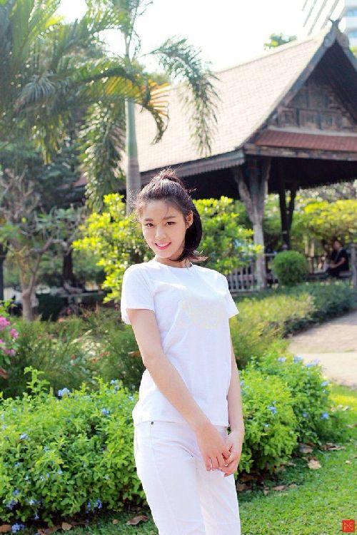 Foto Terbaru Seolhyun AOA6