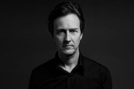 Pemain Isle of Dogs Edward Norton
