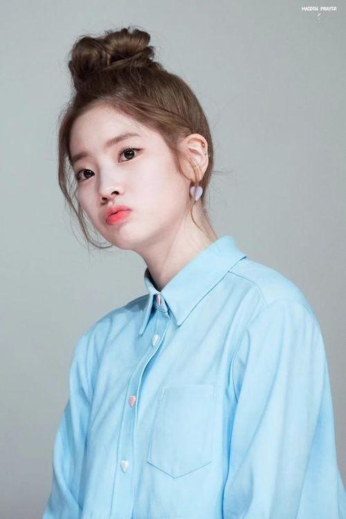 Foto Cantik Dahyun TWICE Terbaru 18