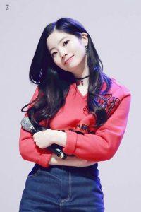 Foto Cantik Dahyun TWICE Terbaru 39