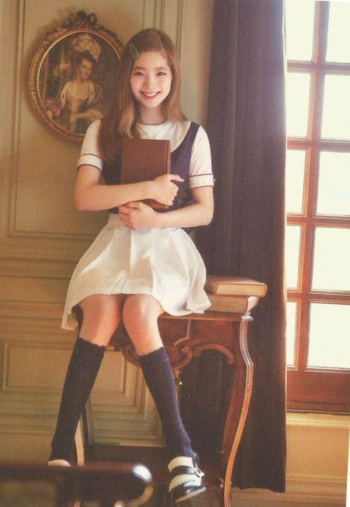 Foto Cantik Dahyun TWICE Terbaru 57