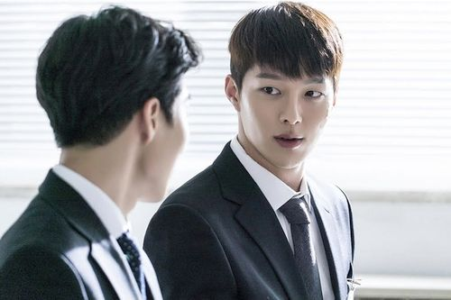 Foto Jang Ki-yong di Drama Come and Hug Me