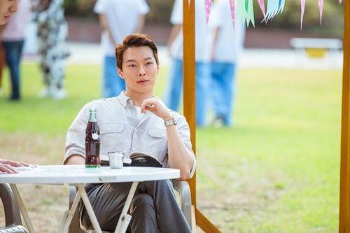 Foto Jang Ki-yong di Drama Go Back Couple