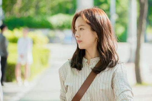 Familiar Wife 2