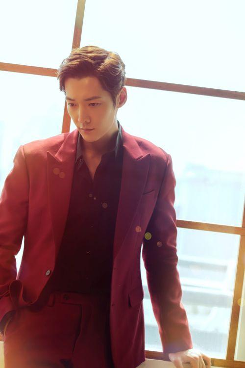 Foto Terbaru Choi Jin-hyuk 1