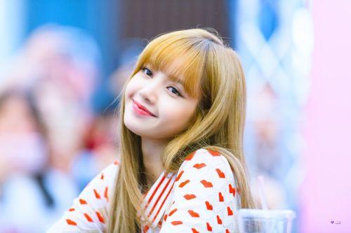 Lalisa Cute