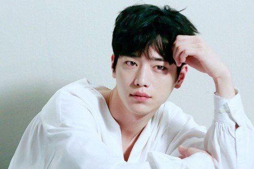 Foto Tampan Seo Kang-joon